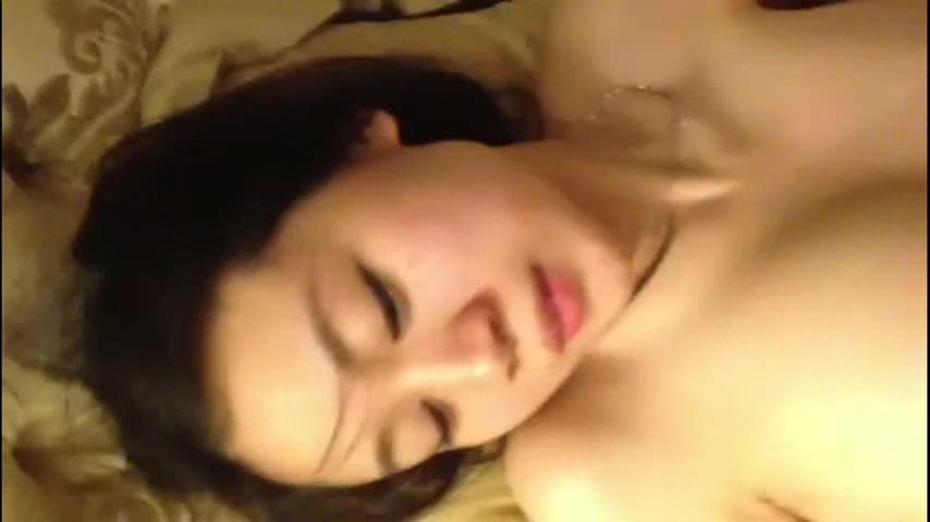 【Google】酒店爆操極品美女閉著眼睛享受高潮衝刺帶來的快感
